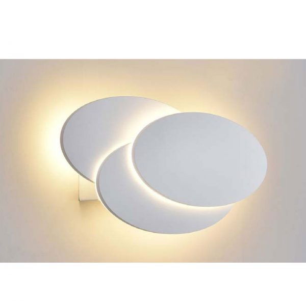 Настенный светильник В011